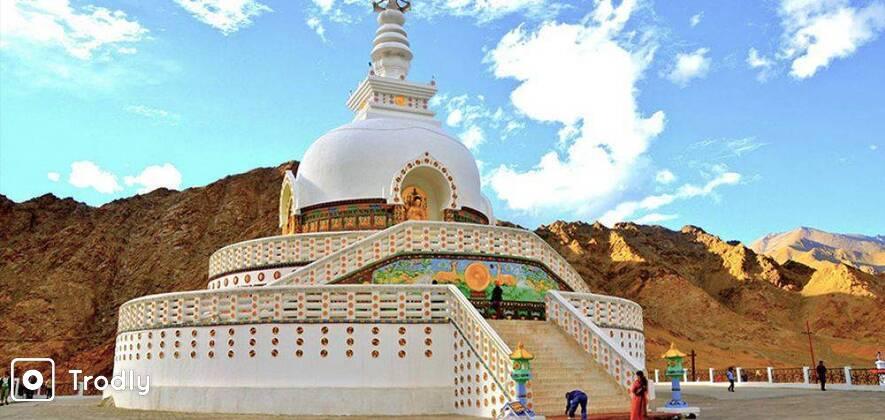 Ladakh Prime: Leh - Nubra Valley - Pangong Lake