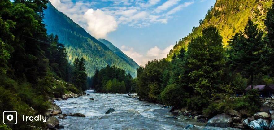 Kheerganga Trek With Backpacker Stay In Kasol