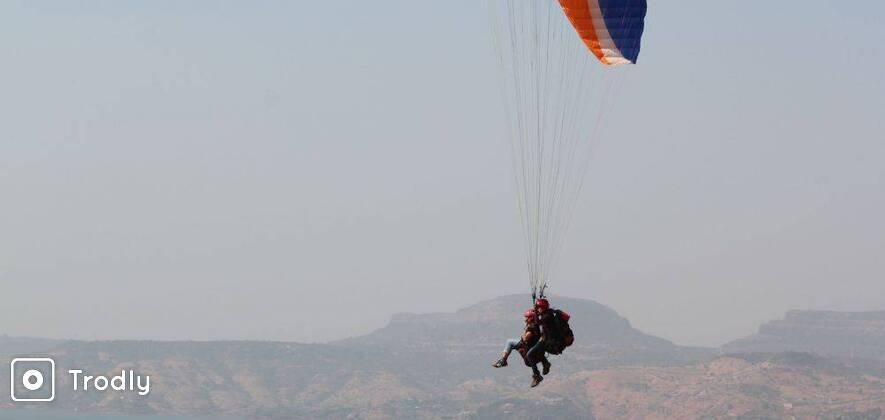 Acrobatic Paragliding in Kamshet