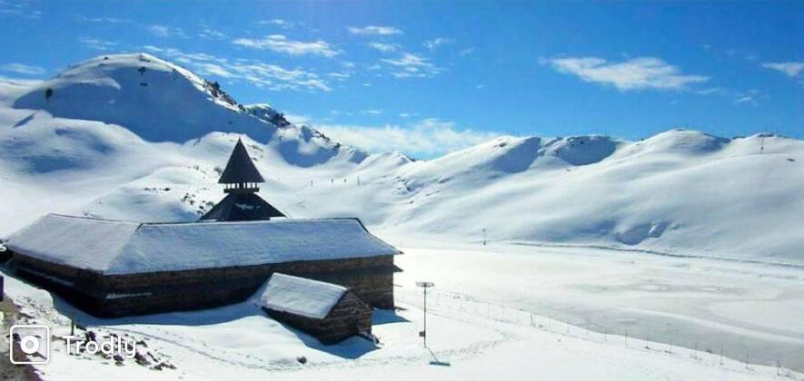 Snow Trek To Bijli Mahadev
