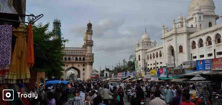 Heart of Hyderabad Walk - Chowmahalla Palace to Madina Chowk