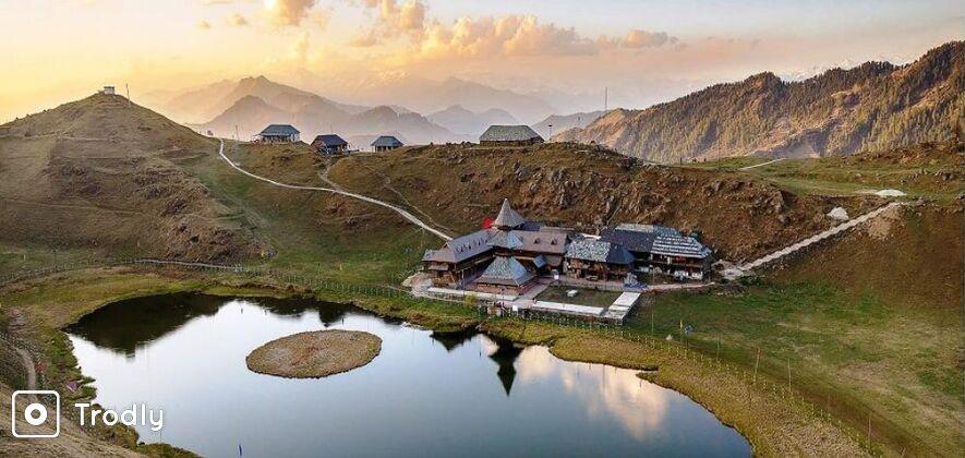 Prashar Lake Trek from Baggi