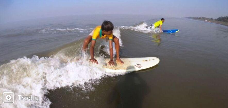 Experience Surfing in Mumbai