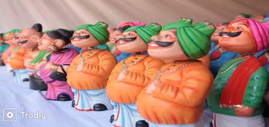 Flea and Street Markets Tour in Delhi