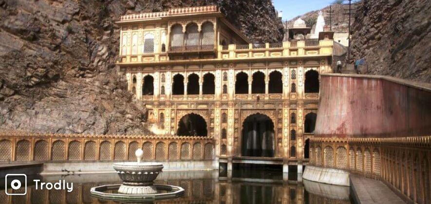 Temples and Spiritual Sites Tour of Jaipur