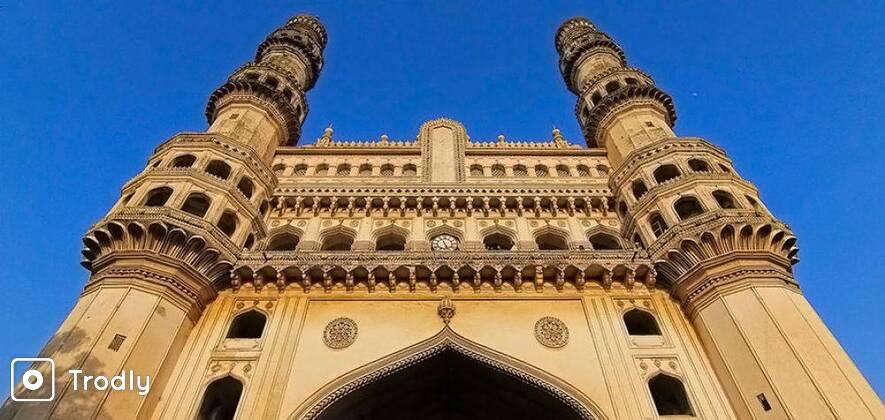 Hyderabad Sightseeing Tour in Tavera (9 Seater)