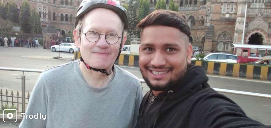 Mumbai Guided Sightseeing Tour including Dharavi Slum
