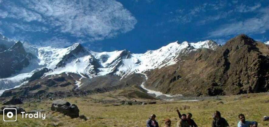Beyond Roopkund - The Ronti Saddle - Homkund Trek
