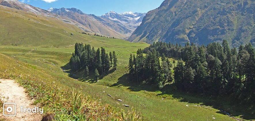 Buran Ghati - Barua Pass Trek