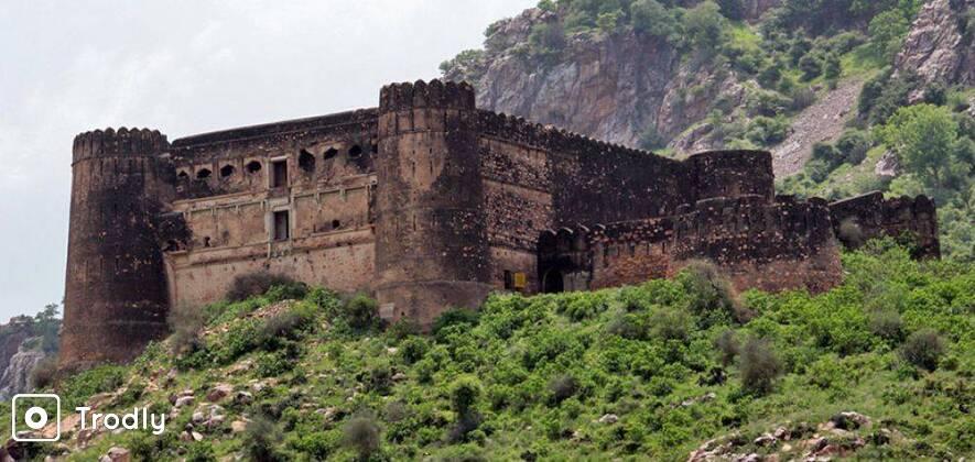 3 Day Bhangarh - Abhaneri Step Well - Mehandipur Balaji Tour