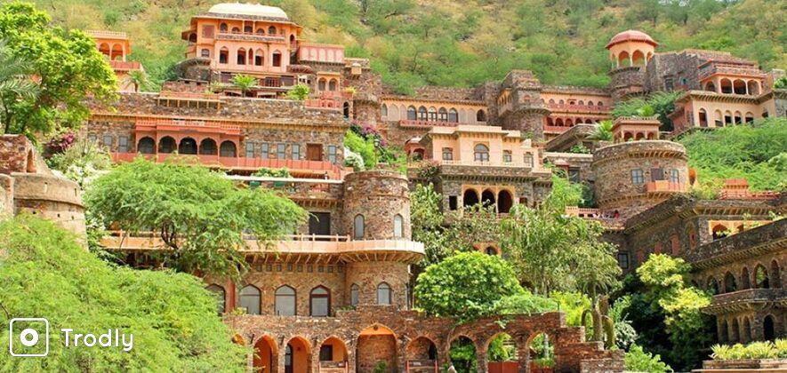 Neemrana Fort Day Trip from Delhi