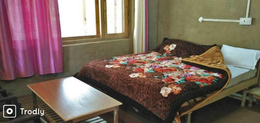 Riverside Resort Stay at Tirthan Valley